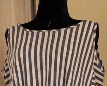 Learn how to sew bias for armhole and neckline