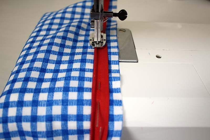 invisible-zipper-sewing-tutorial-step5